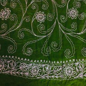 "Accessories - Green Sari, 46"" x 198"""